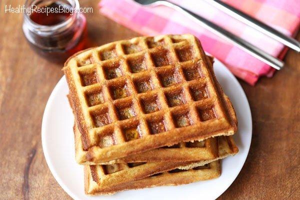 keto waffles breakfast
