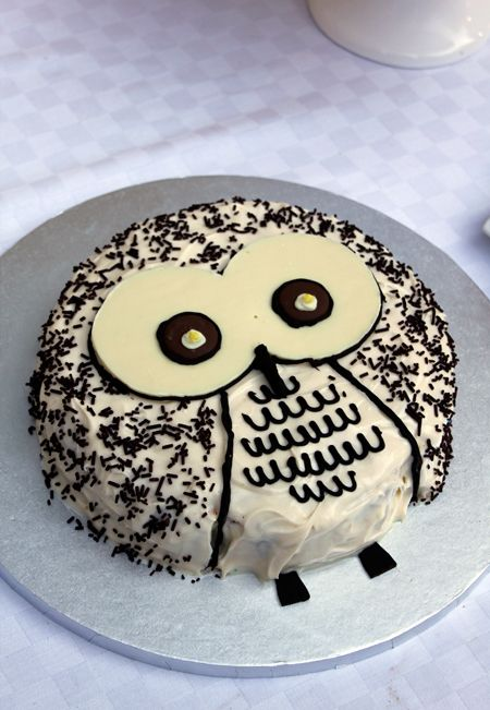 Owl cake simple