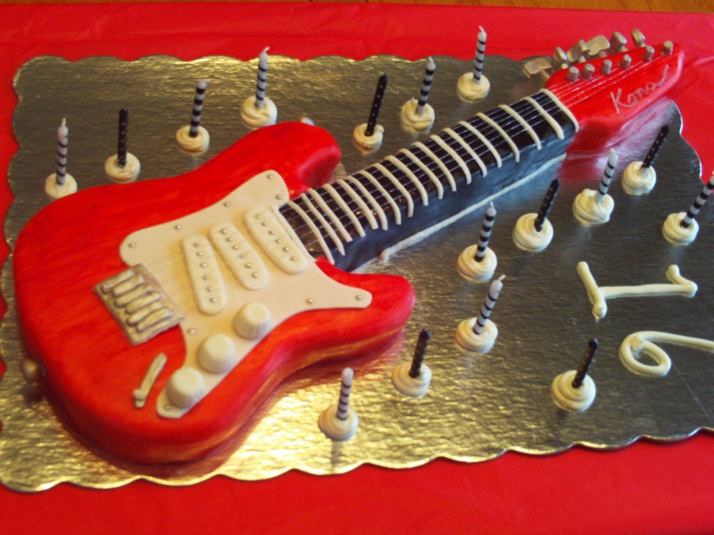 Electric Guitar Birthday cake for boys