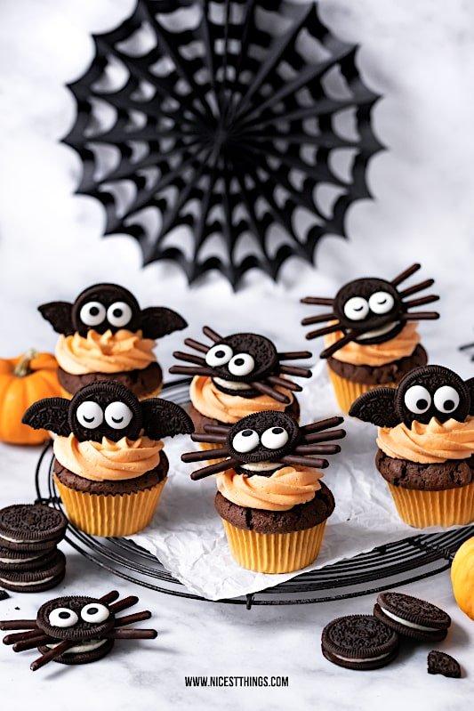 Oreo Halloween cupcake