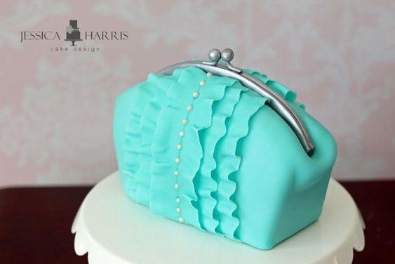 Clutch cake